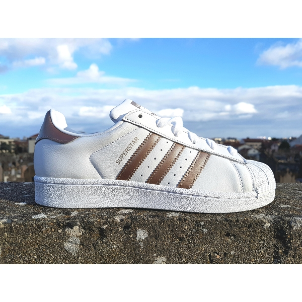Adidas superstar cg5463 blanc